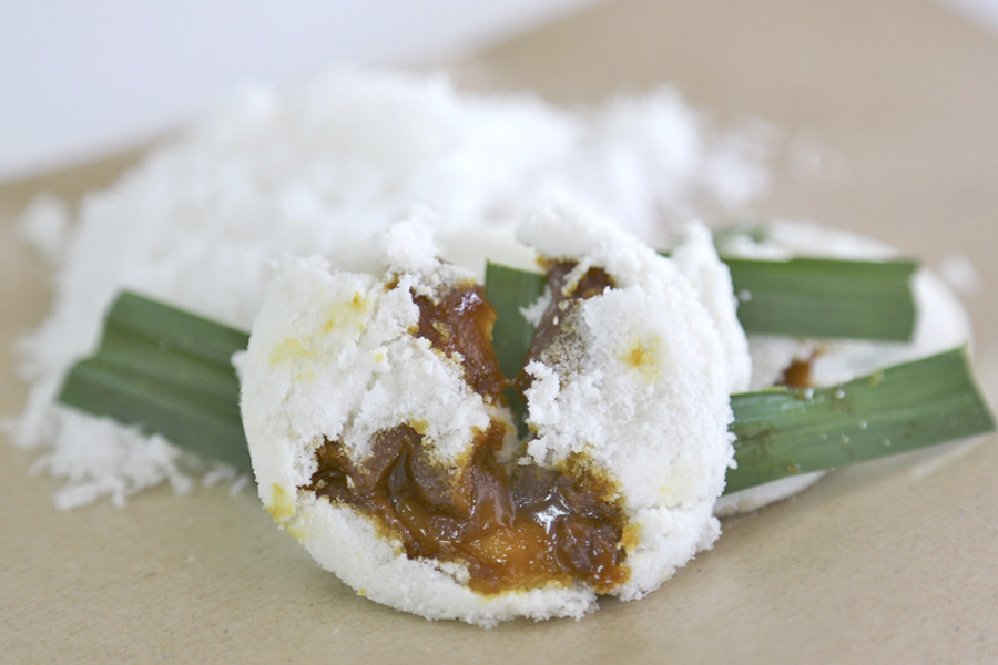 Traditional Haig Road Putu Piring - Popular Malay Steamed Rice Cake With Gula Melaka