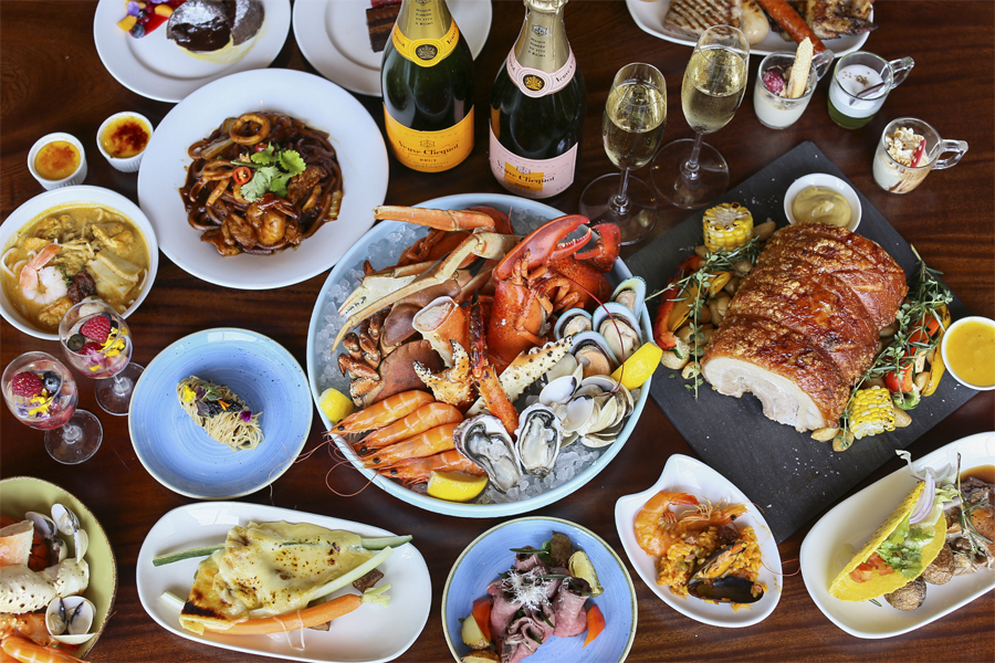 Edge, Pan Pacific Singapore - 10% Discount Or Upgrade* For Theatrical Sunday Champagne Brunch, With 7 Live Food Theatres