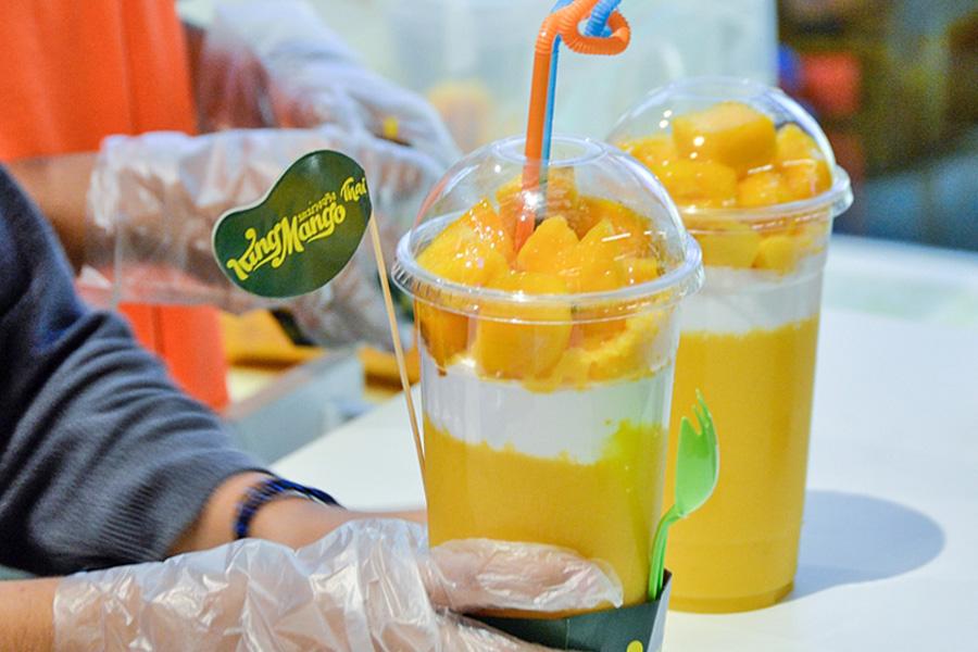 king mango thai that mango dessert cup that went viral in jakarta rh danielfooddiary com