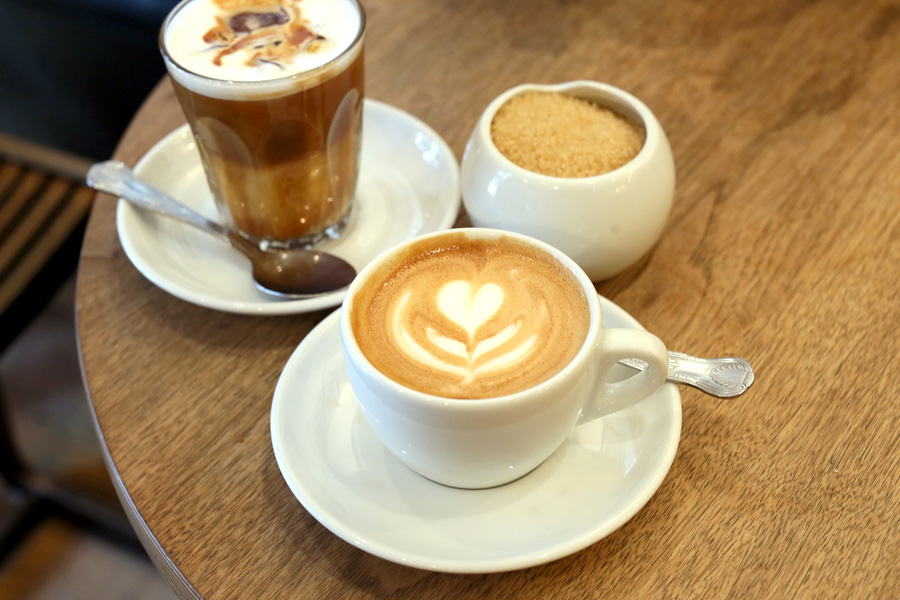 Flat White – Good Artisanal Coffee In The Heart of Soho, London