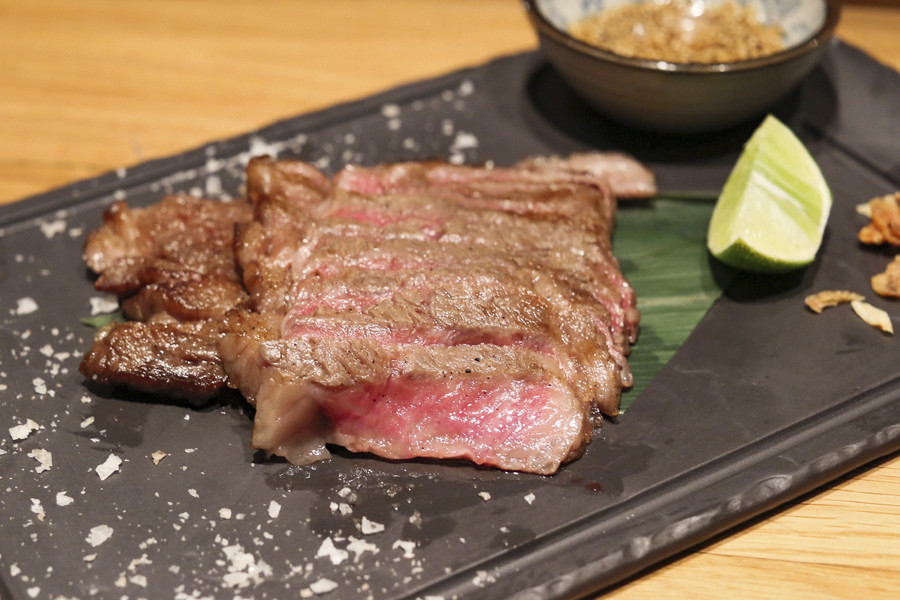 10 Best Steakhouses in Singapore – The Finest Steaks That Meat Your Expectations