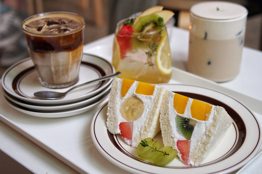 Bunkasha 분카샤 – Instagrammable Fruit Sandwich At A Hidden Café, Near Myeongdong Seoul