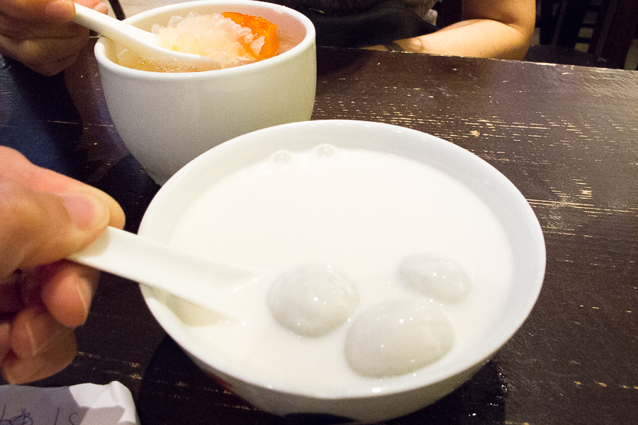 Kai Kai Dessert 佳佳甜品 - Michelin-listed Traditional Cantonese Desserts in Jordan, Hong Kong