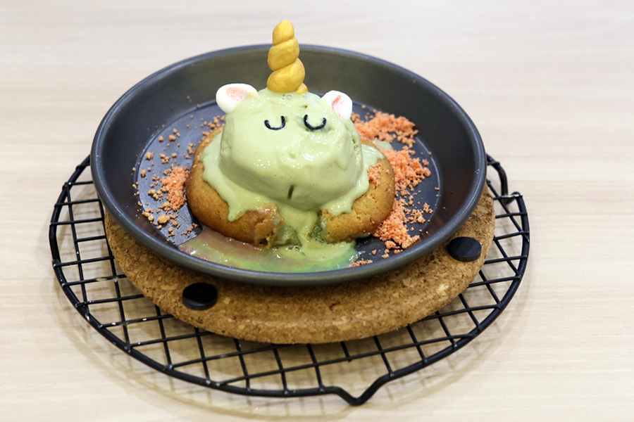 Kooks Creamery - Unicorn Molten Cookie With Rainbow Lava And Ice Cream, At The Cathay