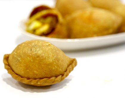 Rolina Traditional Hainanese Curry Puffs - Michelin Bib Gourmand Curry Puffs Found At Tanjong Pagar