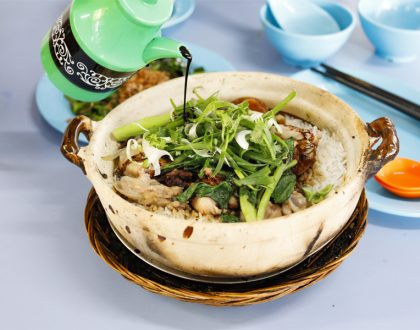 Lian He Ben Ji Claypot Rice - One Of Singapore's Best Claypot Rice, Be Prepared To Wait Long If You Didn't Reserve