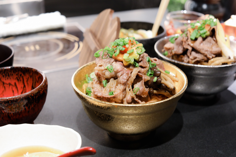 18 Beef Bowls In Singapore – From Keisuke's Beef Sukiyaki Don At $13.90, Fat Cow, To Osaka's Famous ROMAN.TEI