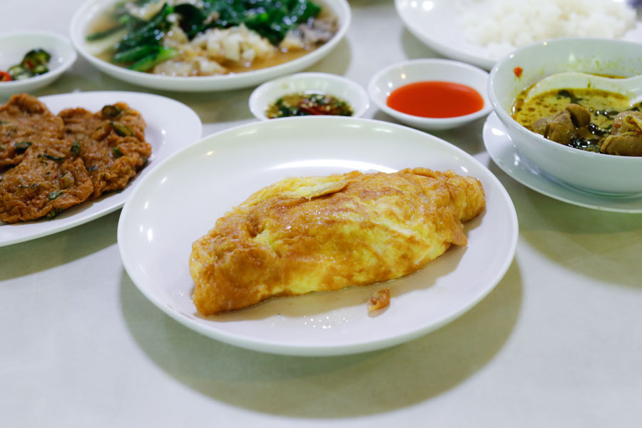 Sanguan Sri - Popular & Hidden Old School Thai Restaurant In Bangkok City, That Many Tourists Do Not Know About