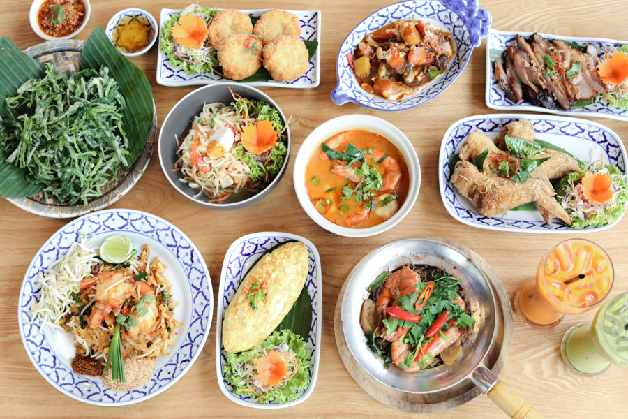 Ob Woon – Authentic, Under-The-Radar Thai Restaurant At Bedok. Go For The Pork Collar And Crab Omelette