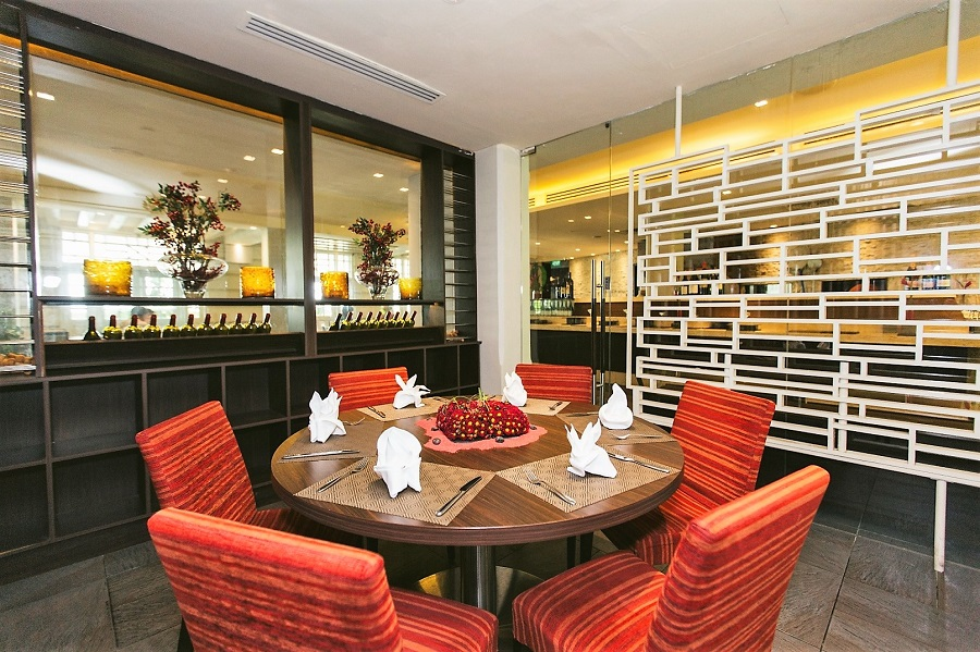 10 Best Hotel Dining Deals In Singapore – 1-For-1 Peranakan, Seafood