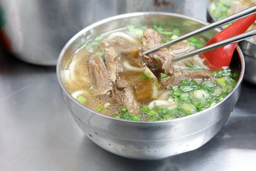 Liu Shandong Beef Noodles 劉山東牛肉麵 - Authentic Taiwanese Beef Noodles In Taipei Hidden In An Alley, With Michelin Bib Gourmand