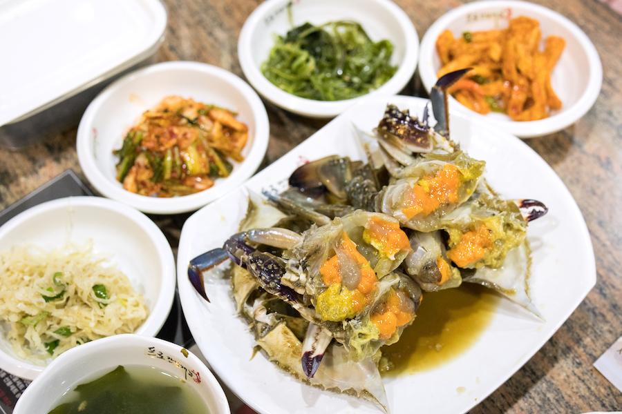 Pro Soy Crab 프로간장게장 - Famous Ganjang Gejang (Raw Crabs) Restaurant In Seoul, Opens 24/7