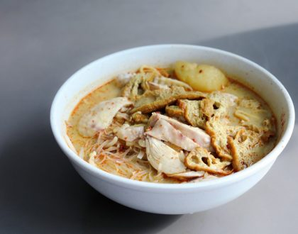 Hock Hai Curry Chicken Noodle - Famous Curry Chicken Noodles At Bedok Interchange Food Centre, With Michelin Recommendation