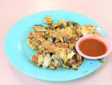 Huat Heng Fried Oyster - Crispy Oyster Omelette At Whampoa Drive Food Centre, With Michelin Recommendation