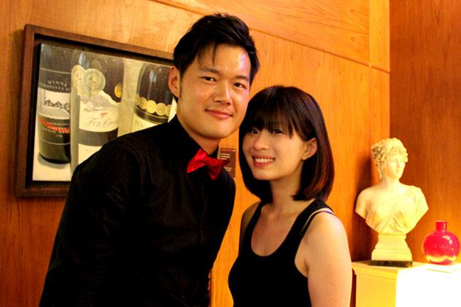 Singapore dating Association Dejting Emma sten