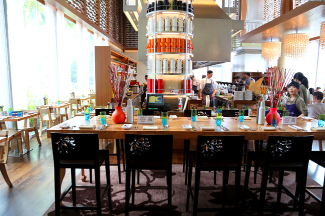 Pleasing The Kitchen Table W Hotels Buffet Restaurant Impresses Best Image Libraries Thycampuscom