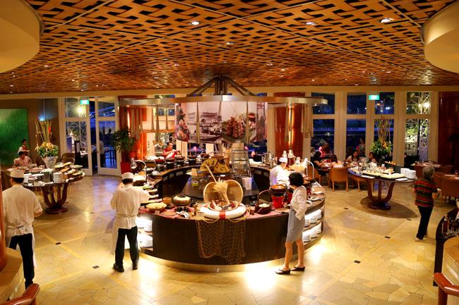 Town Restaurant At Fullerton Hotel A Taste Of Eurasian