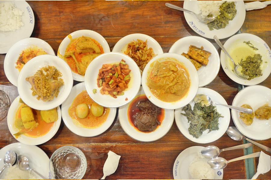 Natrabu Minang – Famous Minang Padang Restaurant In Jakarta, With Tasty  Dendeng Named After Mahathir – DanielFoodDiary.com