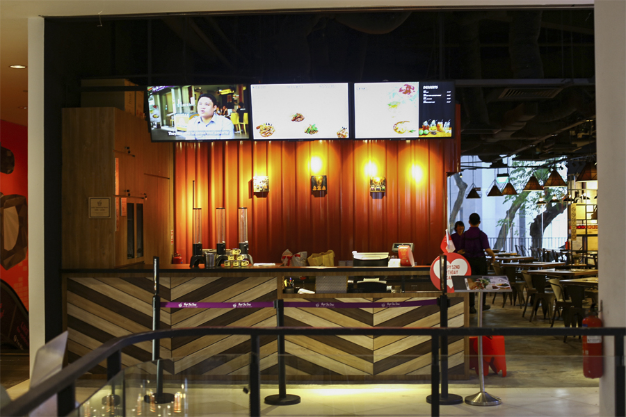 Pope Jai Thai – Thai Restaurant At SCAPE Orchard, Employs