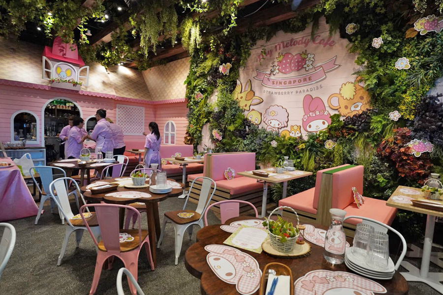 11 Themed Cafes In Singapore – My Little Pony Cafe, Harry