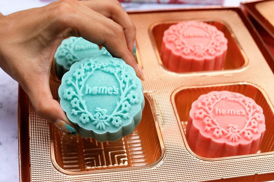 10 Unique Mooncakes From The Takashimaya Mid-Autumn Festive