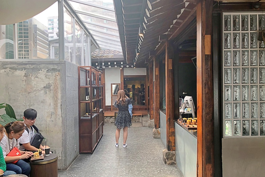 Seoul Coffee 1945 Seoul Instagrammable Cafe Hidden Within Ikseon Dong Hanok Village Popular