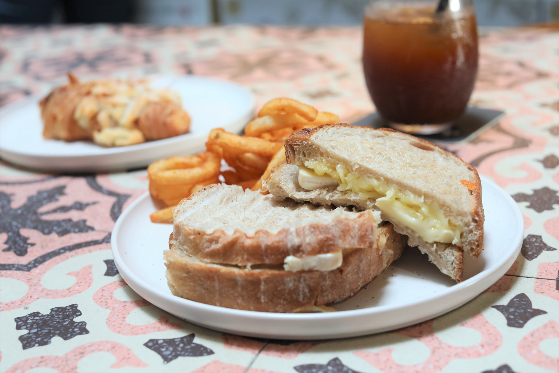Parallel Coffee Roasters - NEW Cafe Haunt Hidden At Duxton ...